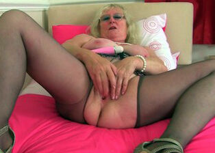 Mature cunt galleries